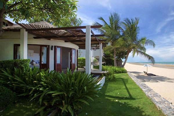 Aleenta Resort & Spa - Beach View 2