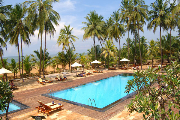 Avani_Kalutara_Resort - Poolside View