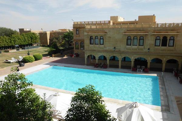 Rang Mahal - Poolside View 1