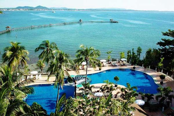Rayong Resort - Poolside View 1