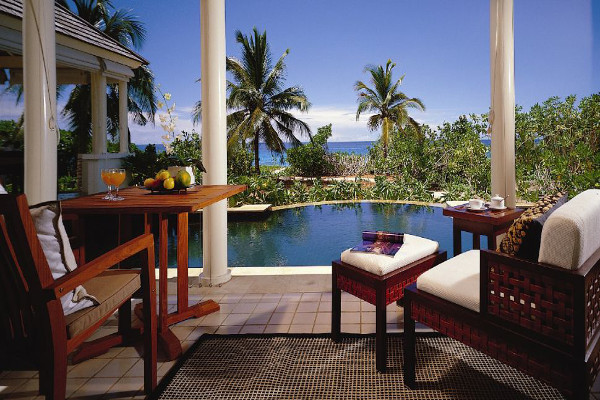 The Banyan Tree - Poolside View 3